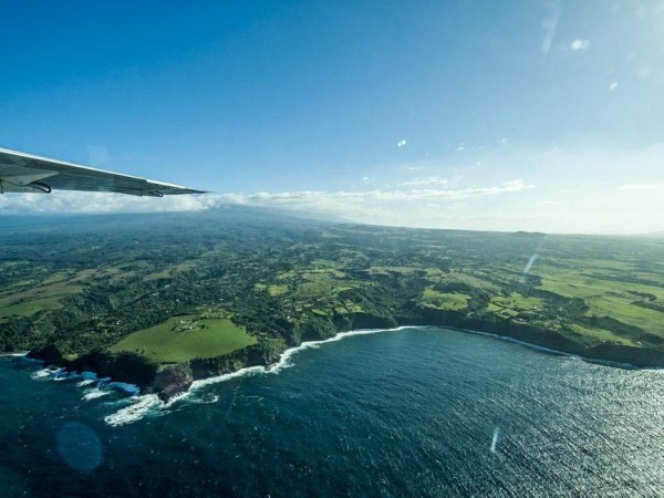 By Land, By Air, By Sea: Explore the Hawaiian Coast